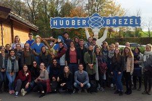 Exkursion zu den Bio-Unternehmen Huober Brezel und Alnatura