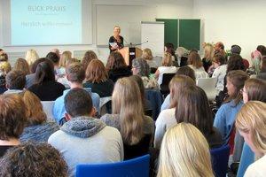 Berufsperspektiven und Berufsfelder für Studierende der Kindheitspädagogik
